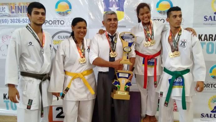 Academia Guajará de Karatê no Rondoniense da modalidade (Foto: Marcos Gutierrez/Arquivo Pessoal)