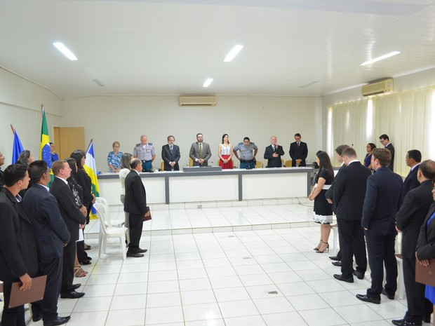 Diplomação ocorreu nesta segunda-feira (12) em Vilhena (Foto: Aline Lopes/G1)