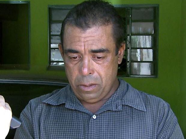Pai de Anderson chora a morte do filho e fala do sentimento de raiva (Foto: Valdinei Malaguti/EPTV)
