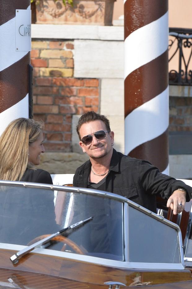 Bono Vox em Veneza para o casamento de George Clooney (Foto: AFP)