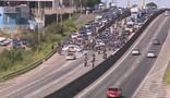 Protestos fecham Rodovia Santos Dumont na manhã desta sexta em Campinas