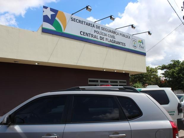 Central de Flagrantes no Centro de Teresina (Foto: Gil Oliveira/ G1)