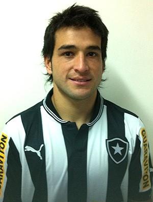 Nicolás Lodeiro apresentado no Botafogo (Foto: Divulgação / BFR)