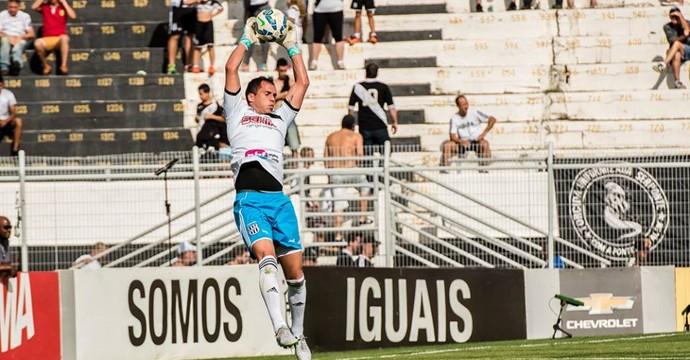 Marcelo Lomba goleiro Ponte Preta (Foto: Fábio Leoni / PontePress)