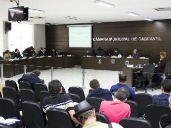 Sessão Câmara Cascavel (Foto: Flávio Ulsenheimer/Assessoria da Câmara/Divulgação)
