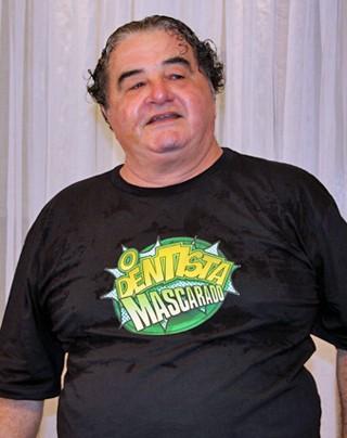 O ator Otávio Augusto, que faz o papel de de pai do doutor Paladino, vivido por Marcelo Adnet (Foto: Vanessa Thees/Rede Globo)
