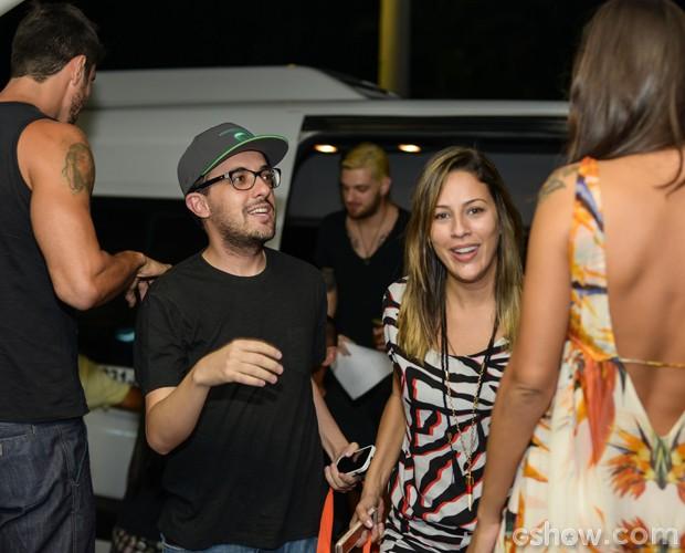 Princy e Alisson chegam aos estúdios da TV Globo, no Rio (Foto: Camila Serejo / TV Globo)