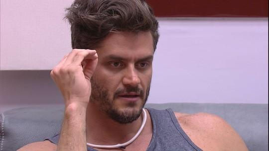 Marcos sobre Elis: 'Caso fique, não vou falar com ela'