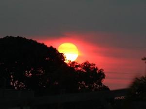 De acordo com informações do Sistema de Proteção da Amazônia (Sipam), o dia em Rondônia deve permanecer nublado com pancadas de chuva e trovoadas. Há possibilidade de temporais em todas as regiões do entre o fim da tarde e a noite.  (Foto: Taísa Arruda/G1)
