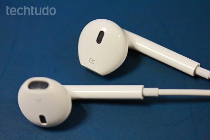 Os fones de ouvido da Apple podem servir até para atender ou desligar ligações (Foto: Marlon Câmara/TechTudo)) Os fones de ouvido da Apple podem servir até para atender ou desligar ligações (Foto: Marlon Câmara/TechTudo) (Foto: Marlon Câmera/ TechTudo)