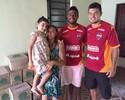 """De """"folga"""" da Copa do Brasil, Auremir e Hess fazem doação para instituição"""