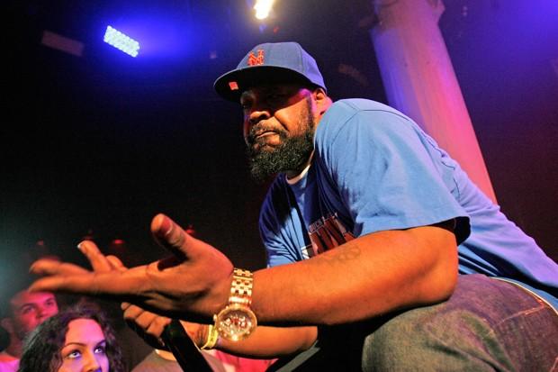 O rapper Sean Price faz apresentação para imprensa e fãs no festival Rock the Bells em Nova York, em junho de 2012 (Foto: Mike Lawrie/Getty Images/AFP/Arquivo)