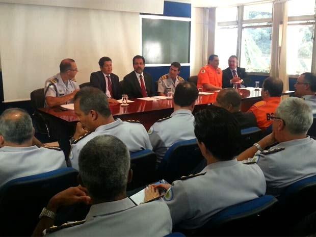 Governador Agnelo Queiroz se reúne com cúpula de segurança pública do DF (Foto: Raquel Morais/G1 DF)