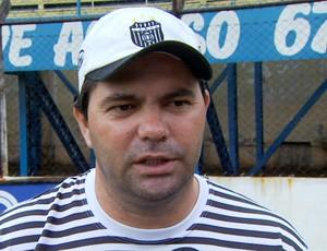 Claudemir Peixoto técnico União Barbarense (Foto: Carlos Velardi / EPTV)