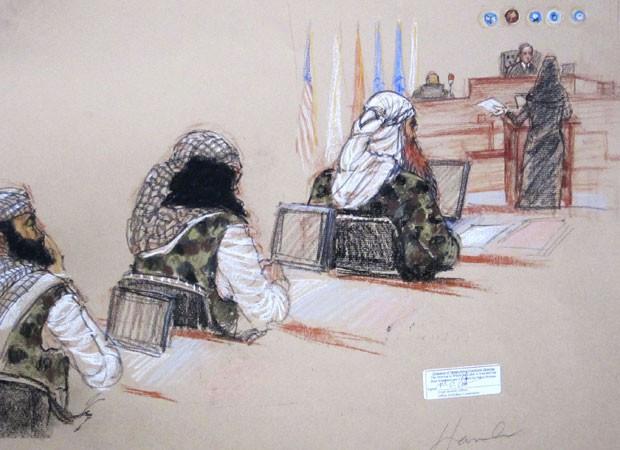 Desenho mostra acusados do 11 de setembro em audiência no dia 28 de janeiro de 2013 (Foto: Janet Hamlin/Reuters)