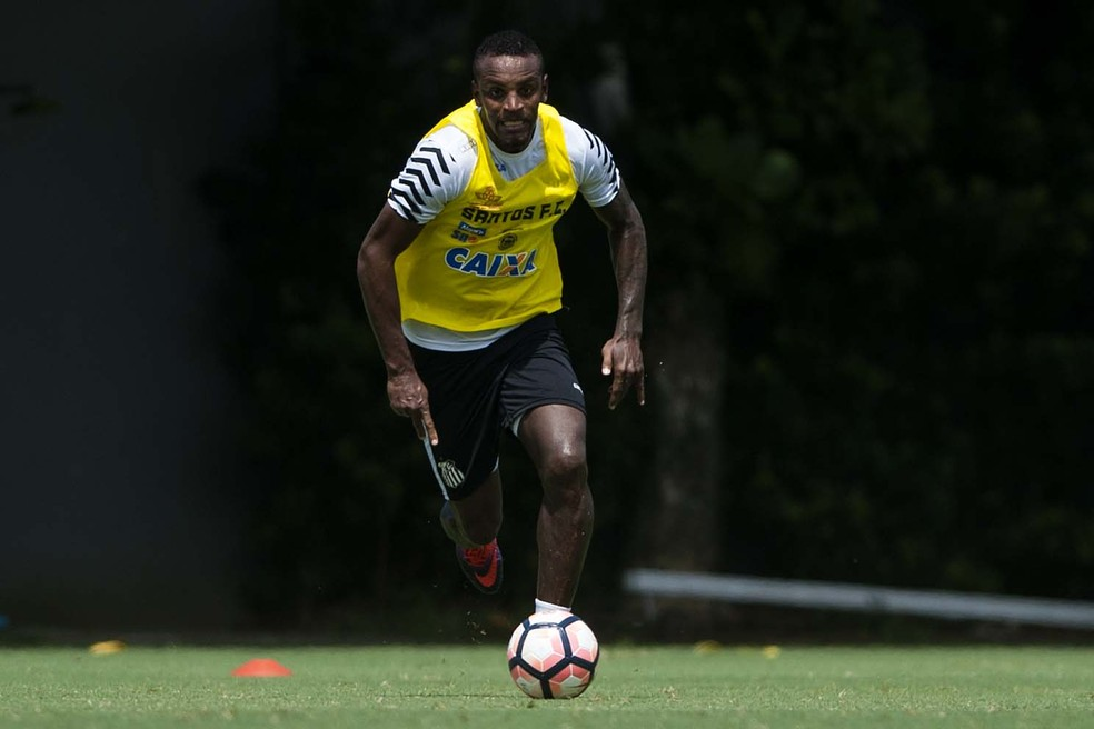 São Paulo recua e desiste de contratar zagueiro do Santos