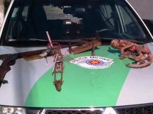 Homem foi preso em flagrante em Eldorado, no Vale do Ribeira  (Foto: Polícia Ambiental/Divulgação)