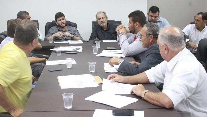 Reunão do Conselho Arbitral da Segunda Divisão do Alagoano (Foto: Allan Jones/ Divulgação FAF)