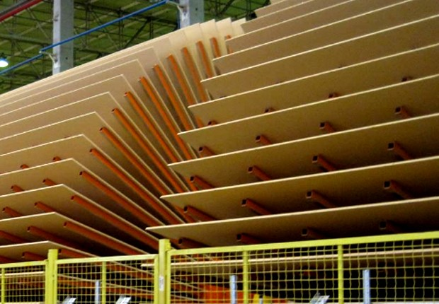 Placas de madeira na fábrica da Arauco Brasil (Foto: Divulgação)