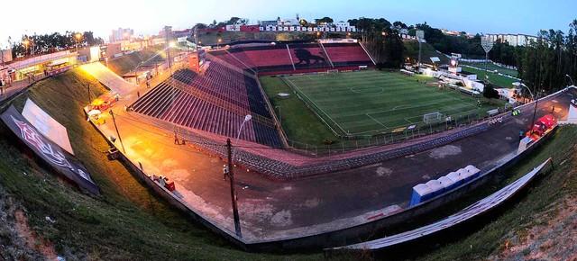 Barradão Cruzeiro x Vitória (Foto: Marcos Ribolli / Globoesporte.com)