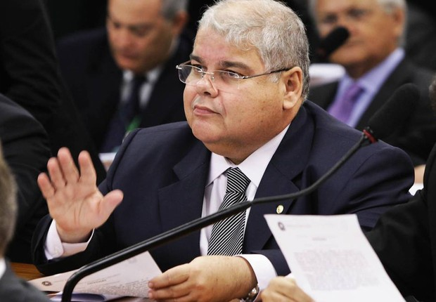 O deputado Lucio Vieira Lima (PMDB-BA), irmão do ex-ministro Geddel Vieira Lima (Foto: Agência Câmara)