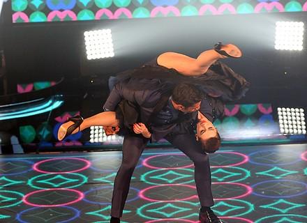 Sophia Abrahão, 'artista completa', leva fãs à loucura com piruetas no 'Dança dos Famosos'