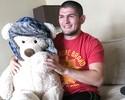 """Curtinhas: Khabib """"aposenta"""" urso  e diz ter feito sparring com leão"""