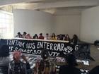 Mulheres protestam contra anulação de júris do Carandiru