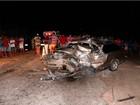 Carros batem de frente e duas pessoas morrem em Grossos, RN