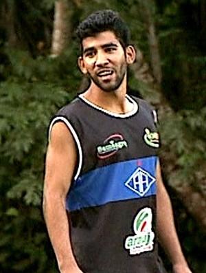 Geovani Silva, meio-campo do Rio Branco, emprestado ao Atlético-AC (Foto: Reprodução/Rede Amazônica Acre)