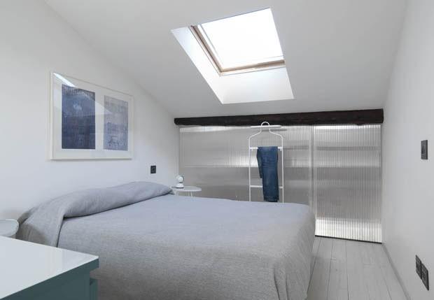 Sótão de transforma em apartamento (Foto: Michele Filippi / divulgação)