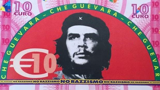 Líderes comunistas e de esquerda estampam os bilhetes falsos da cidade de Gioiosa Ionica, na Itália (Foto: Divulgação/BBC)