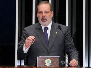 Senador Armando Monteiro Neto (Foto: Ana Luisa Sousa/Divulgação)