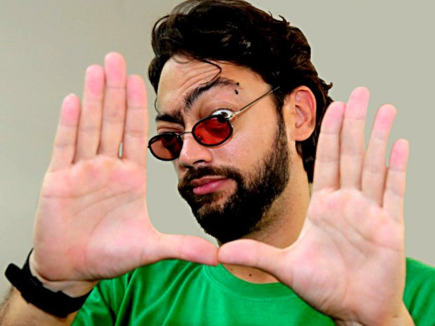 Fernando Caruso participa de 'Happy hour do humor' em Brasília na quinta