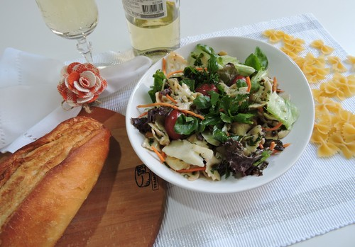 Salada de macarrão ao molho de agrião e bacalhau para o Natal ABIMAPI