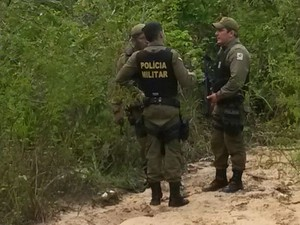 Polícia encontrou detento nas matas perto do Lago do Juá (Foto: Kedma Araújo/G1)