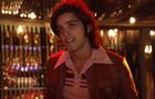 Rodrigo Simas no look dos anos 70 (Foto: Raphael Dias/TV Globo)