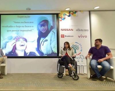 Lais Souza trabalha com palestras motivacionais (Foto: Reprodução/Facebook)