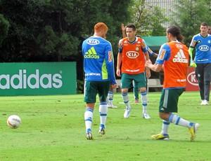 Souza Marcelo Oliveira treino Palmeiras (Foto: Marcelo Prado)