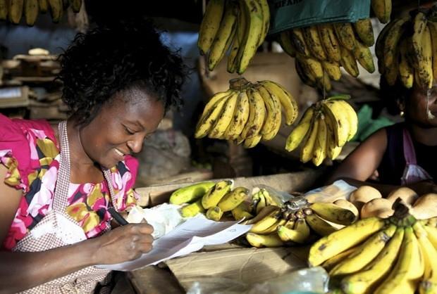 Fotos do Women\'s World Banking, que apoia negócios criados por mulheres no mundo (Foto: Reprodução Facebook Women\'s World Banking )