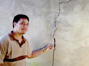 Presidente da associação de moradores da Cidade Nova também perde casa (Foto: Yuri Marcel / G1)