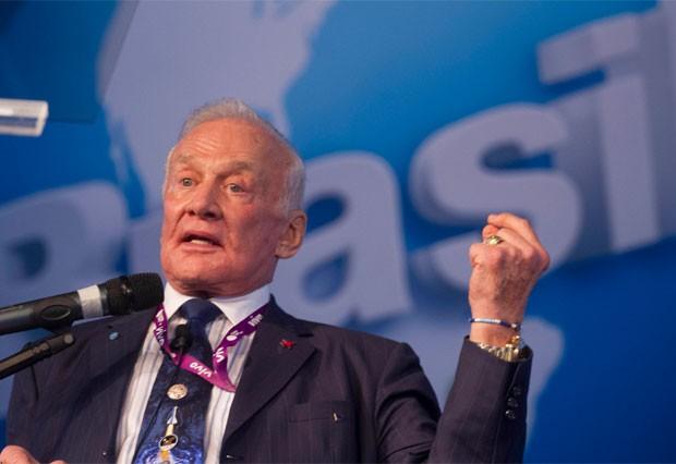 Buzz Aldrin em palestra na Campus Party (Foto: Cristiano Sant'Anna/indicefoto/Divulgação)