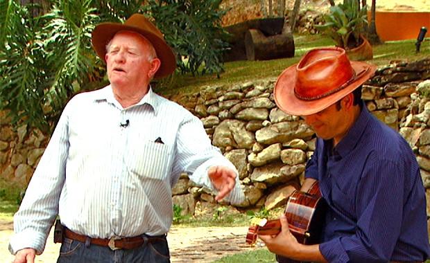 No programa Caminhos da Roça, Mazinho Quevedo traz o cantador de cururu João Branco (Foto: Reprodução EPTV)