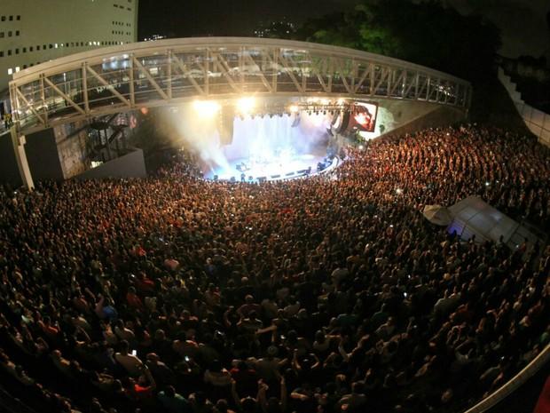 Concha Acústica ficou lotada na primeira apresentação dos Novos Baianos (Foto: Manu Dias/GOVBA)