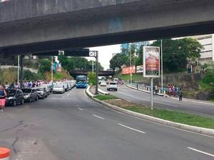 Trânsito no entorno da Arena Fonte Nova, em Salvador (Foto: Raphael Carneiro/Globoesporte.com)