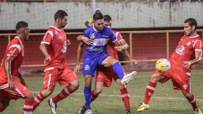 Rio Branco-AC pressiona, mas é derrotado por 2 a 0 pelo Atlético-AC, na Arena da Floresta (Foto: Sérgio Vale/arquivo pessoal)