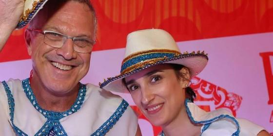 Pedro Bial e Maria Prata no camarote da revsita Quem (Foto: Divulgação Quem)