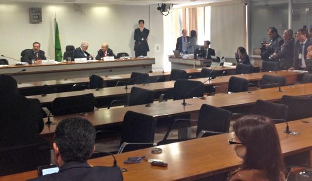 Sessão da CPI da Petrobras no Senado que ouviu o depoimento do gerente Glauco Colepicolo Legati (Foto: Priscilla Mendes / G1)