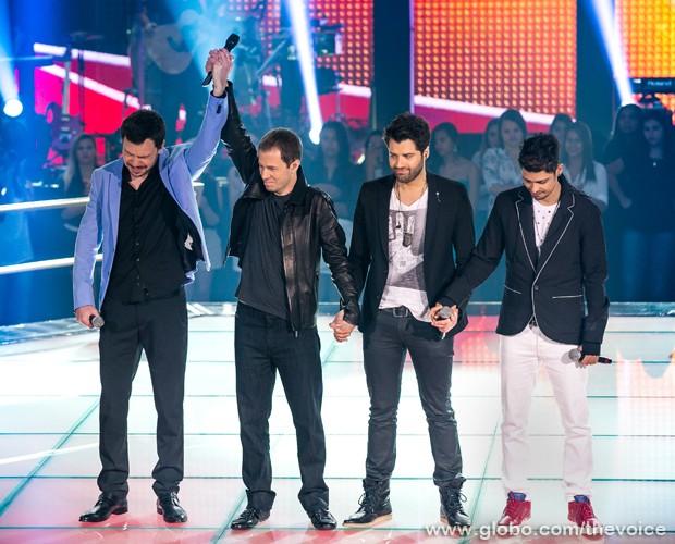 Os participantes no palco do The Voice Brasil (Foto: Isabella Pinheiro/TV Globo)