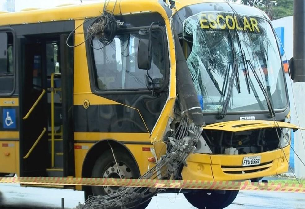 Apesar dos estragos ninguém se feriu  (Foto: Reprodução / TV TEM )